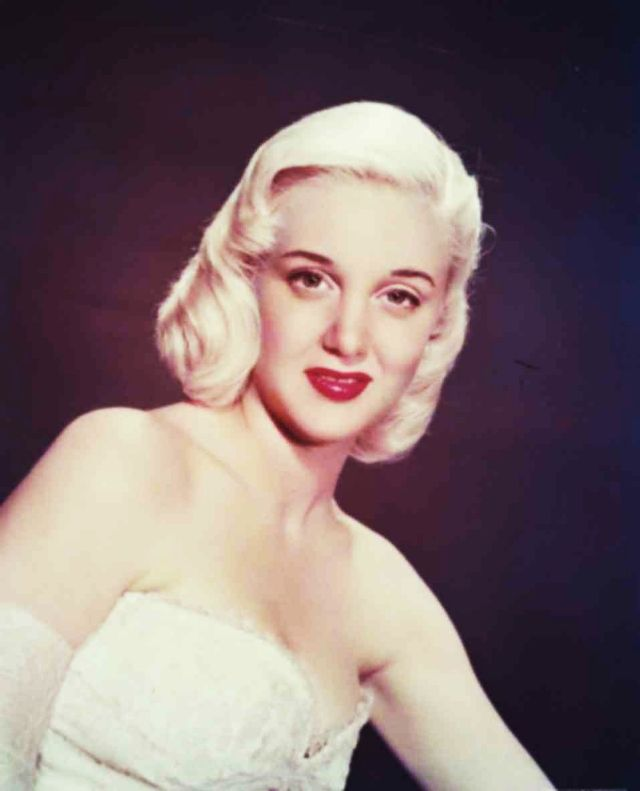 Top 17 Blonde Bombshells in the 1950s - Vintage News Daily