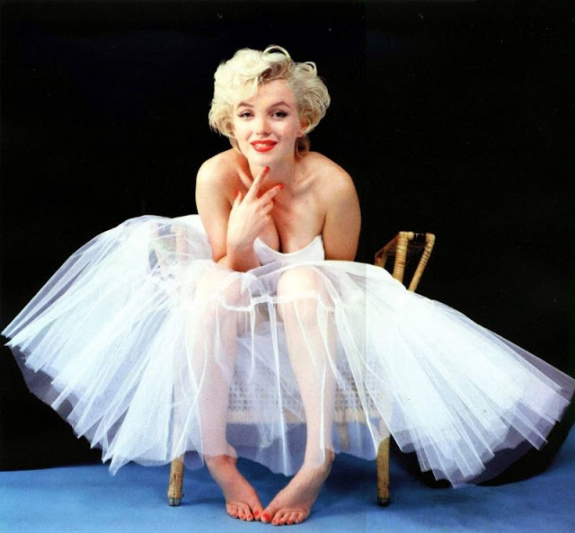Top 17 Blonde Bombshells in the 1950s   Vintage News Daily