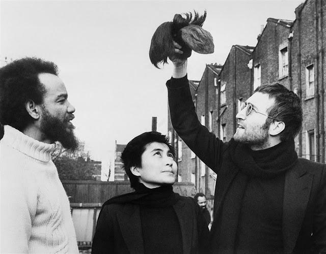 The Beatles Polska: John i Yoko ścinają włosy