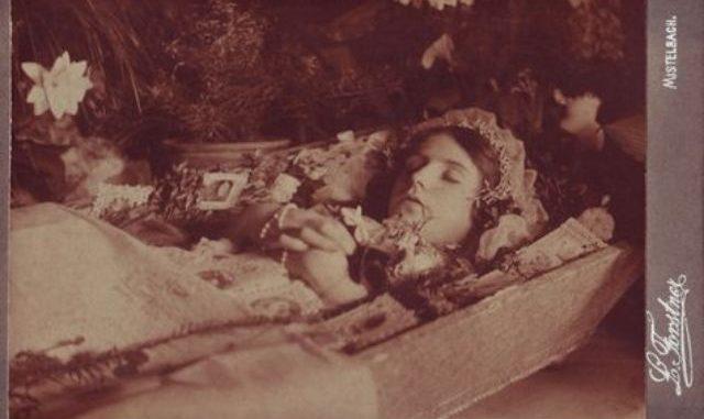 Sanskrit Of The Vedas Vs Modern Sanskrit: Is Victorian Death Photography Creepy Or Just Sad? Here