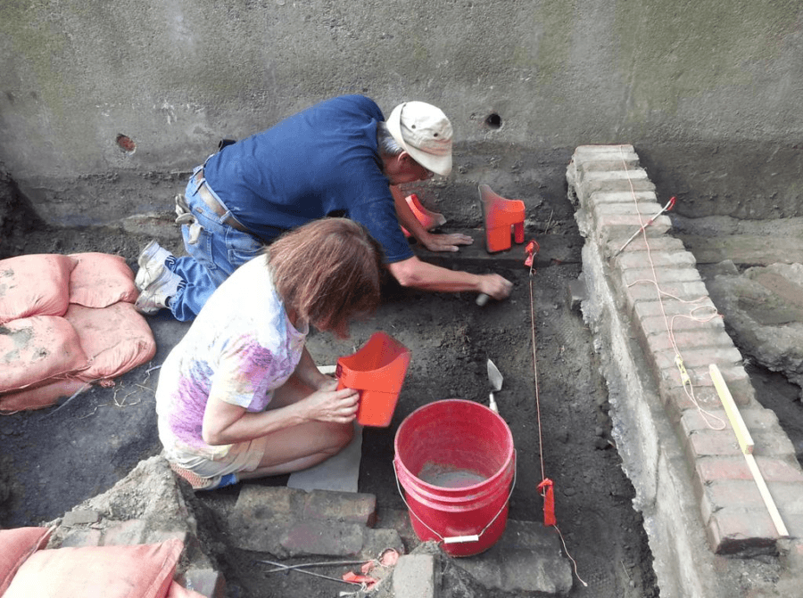Paul Revere Outhouse Dig