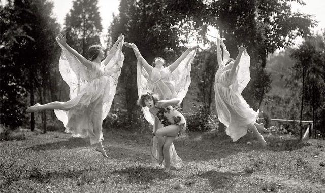 Beautiful Black And White Photos Of Ballet Dancers From The 1920s Vintage News Daily
