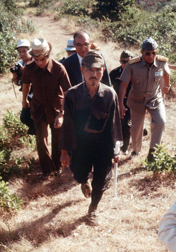 Hiroo Surrenders