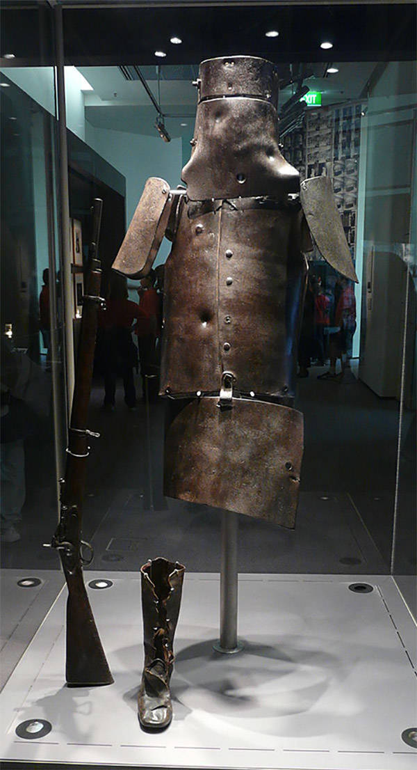 Ned Kelly Armor Suit
