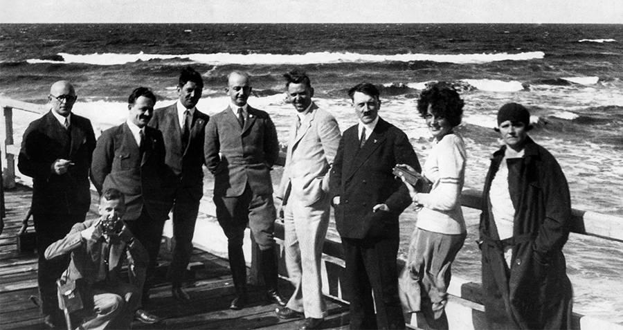 Geli Raubal And Hitler Group Shot