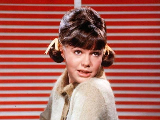 40 Beautiful Photos of American Actress Jinx Falkenburg in