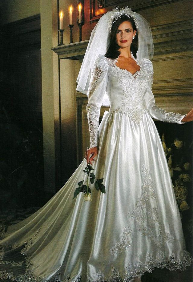 25 Gorgeous Photos That Defined Bridal Styles In The Late 80 S And Early 90 S Vintage News Daily