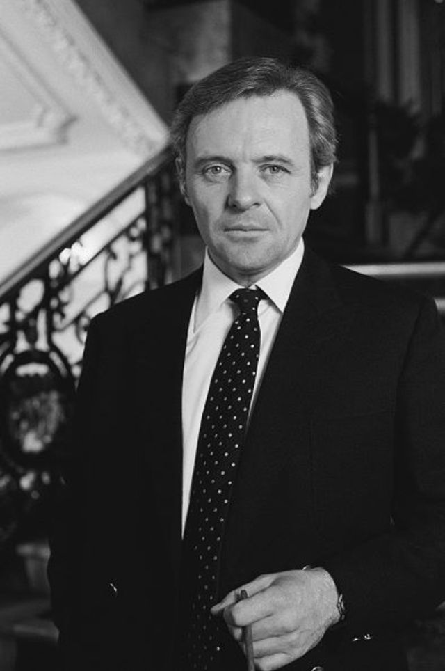 20 Vintage Pictures of a Young Anthony Hopkins in the ...
